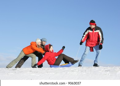 Friends to drive in a sledge