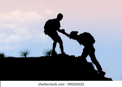 friends help at the summit