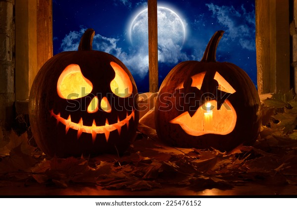 frightened pumpkin halloween