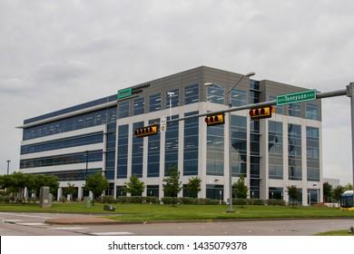 FRISCO - TEXAS - USA - 05-31-19 - HEWLETT-PARCKARD BUILDING NEAR DALLAS TEXAS