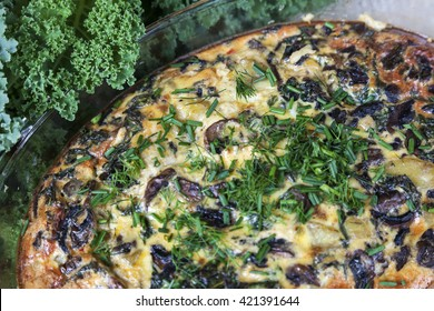 Frittata with mushrooms, kale and potatoes