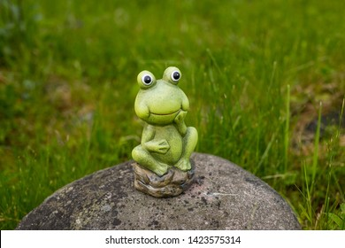 Sensational Frog Statue Images Stock Photos Vectors Shutterstock Ocoug Best Dining Table And Chair Ideas Images Ocougorg