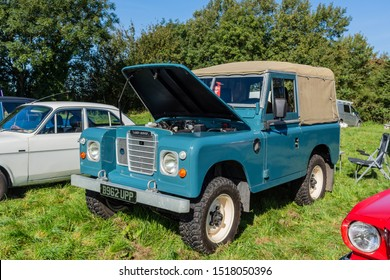 Frome, Somerset, UK, 14th September 2019 Frome Cheese Show A classic Landrover Defender with its bonnet open