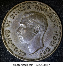 Front of a 1943 Australian Brown half Penny coin
