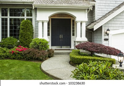 White House With Black Trim Images Stock Photos Vectors Shutterstock