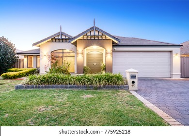 Front elevation of modern suburban Australian home shot at twilight. Perth, Western Australia. Photographed: December 7th, 2017.