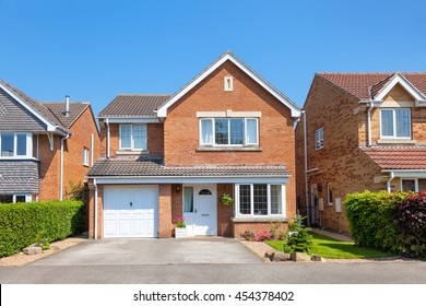 Front of english detached house