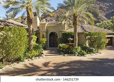 Front entrance fax8Dade of luxury villa