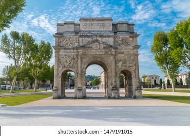 Front of Triumphal Arch of Orange.