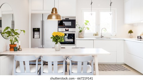 front view banner of a kitchen table in a fancy bright kitchen