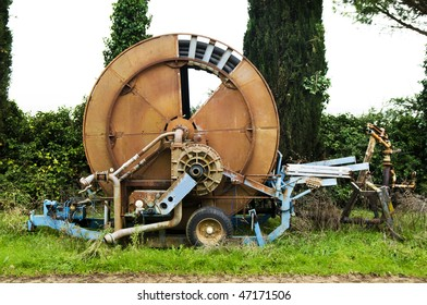 Front view of an irrigation machine