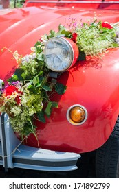 Front of a wedding car