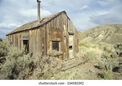 Frontier cabin of the southwest, UT