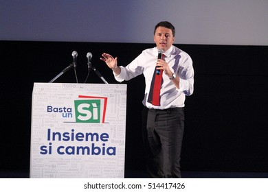 Frosinone, Italy - November 8, 2016 - The election campaign of Matteo Renzi for the constitutional referendum