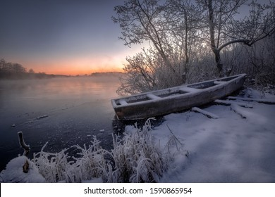 In The Frosty Mist On The Lake