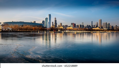 Frozen lake Michigan and the Chicago skyline.