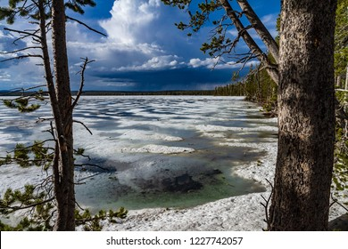 Frozen Lake panorama view in Yellowstone National Park