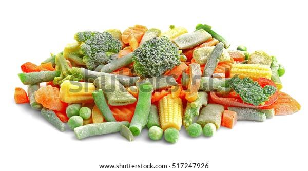 gefrorenes Gemüse einzeln auf Weiß