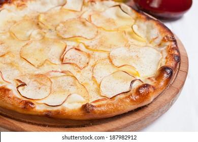 Fruit apple Pizza