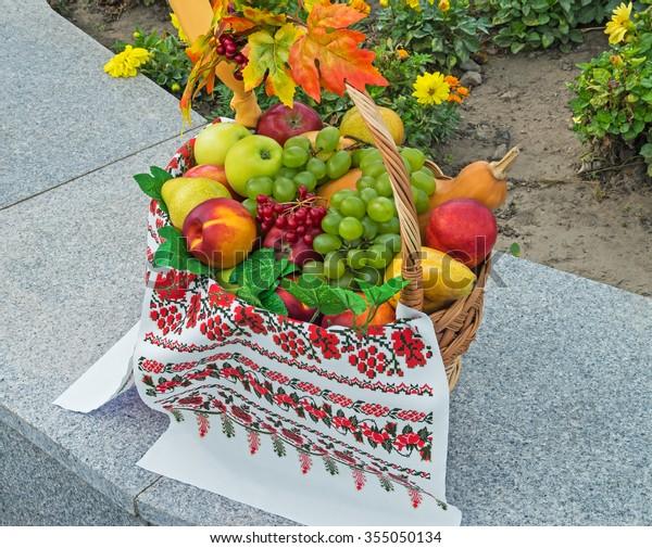 fruit-basket-festival-healthy-ecological