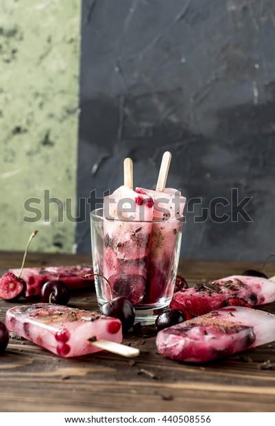 Fruit cold icecream