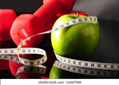 fruit and equipments to be fit