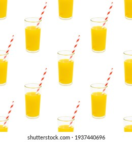 Fruit juice in the glass repeat seamless pattern on white background