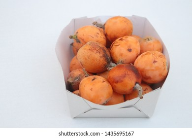 Fruit loquat In a small box the White