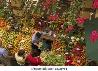 fruit market in madeira