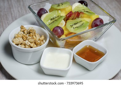 fruit salad, chopped fruit, healthy breakfast