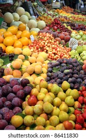 Fruit stand,Bolhao old market in Porto, Portugal