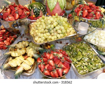 Fruit table