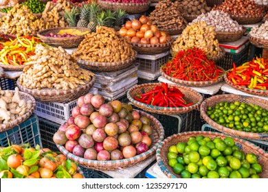 Fruit and vegetable market in Hanoi, Old Quater,Vietnam, Asia.