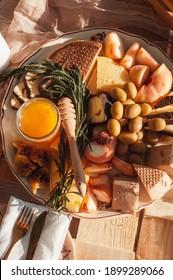 Plateau de fruits et légumes au miel