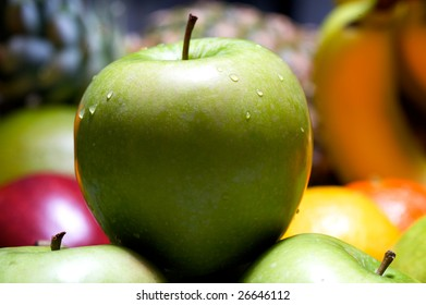 fruits and apple macro photography with details