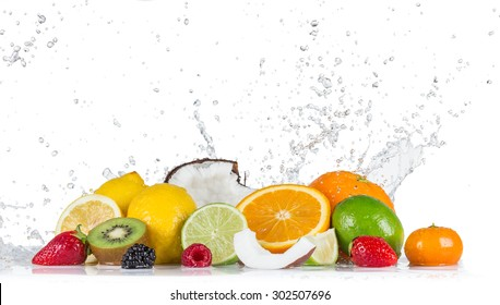 Fruits with water splashes