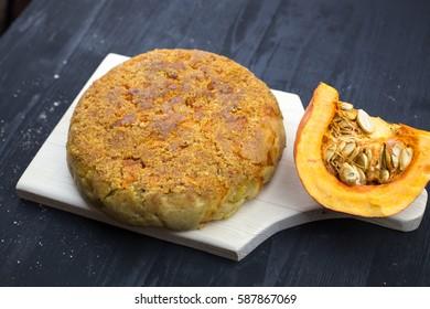 Fruity apple pie with pumpkin