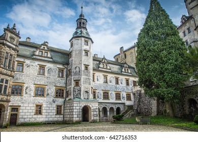 Frydlant castle courtyard