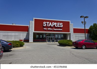 Ft. Wayne, IN - Circa July 2016: Staples Inc. Retail Location. Staples is a Large Office Supply Chain IV