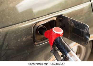 to fuel the car of the gun column