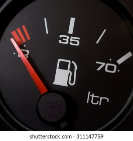 Fuel gauge, empty tank