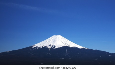 Fuji mountain with clear sky