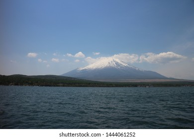fuji moutain with the lake and cloud