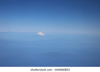 fuji moutain from the plane