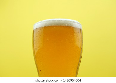 Full beer glass, A glass of cold beer macro photography, cool beer object