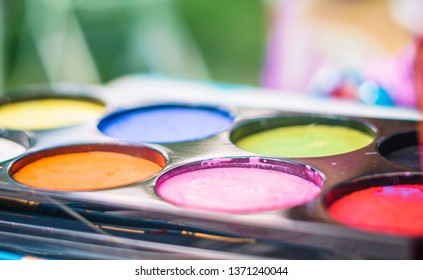 full color painting palette