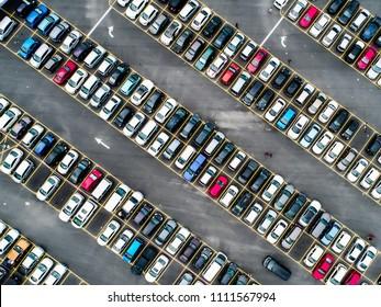Full house parking lot