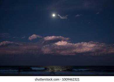 Full moon at the Gold Coast Beach