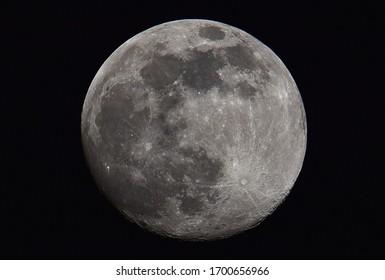 Full Moon Luna April 2020
