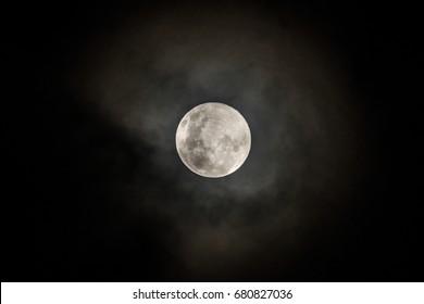full moon , misty moon , super moon